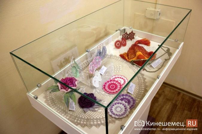 В Кинешме открылась выставка Натальи и Ксении Ледовых фото 12