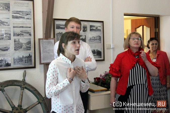 В Кинешме открылась выставка Натальи и Ксении Ледовых фото 5