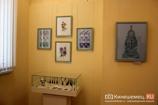 В Кинешме открылась выставка Натальи и Ксении Ледовых фото 16