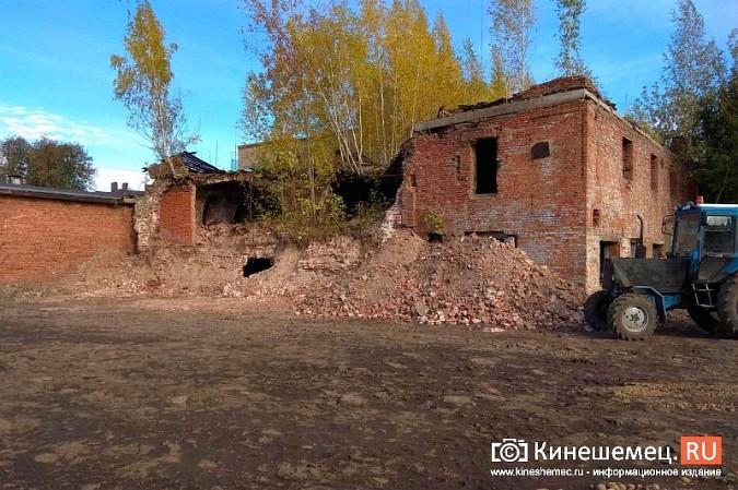 Стоянку машин у памятника Ленину запретят в ближайшие дни фото 9