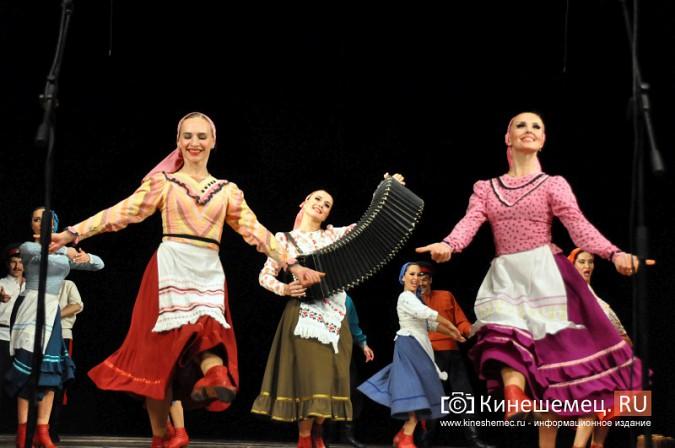 Ансамбль донских казаков дал грандиозный концерт в Кинешме фото 38