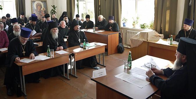 Настоятели кинешемских храмов посовещались у епископа фото 2