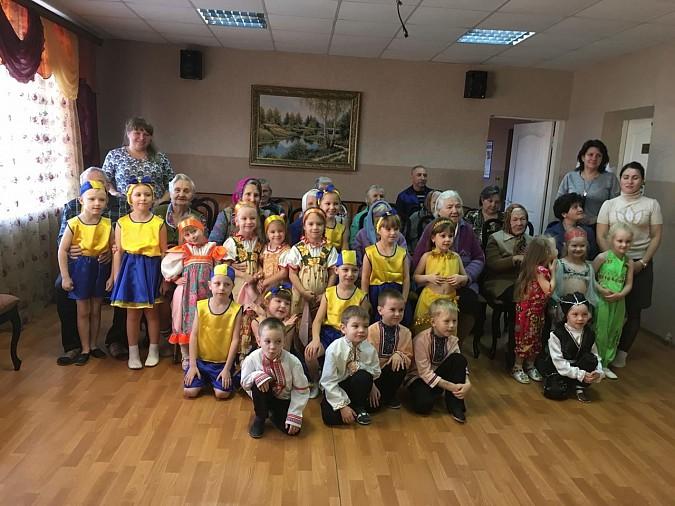 В центре социального обслуживания населения Наволок прошел концерт фото 2
