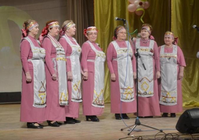 Заволжский хор «Зимние вишни» порадовал Коротиху фото 2