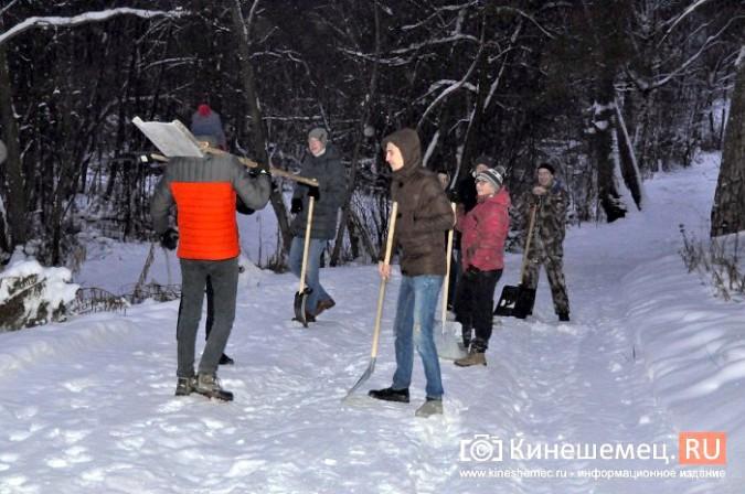 Кинешемский лихач на «УАЗе», испортивший лыжные трассы, приступил к их восстановлению фото 6