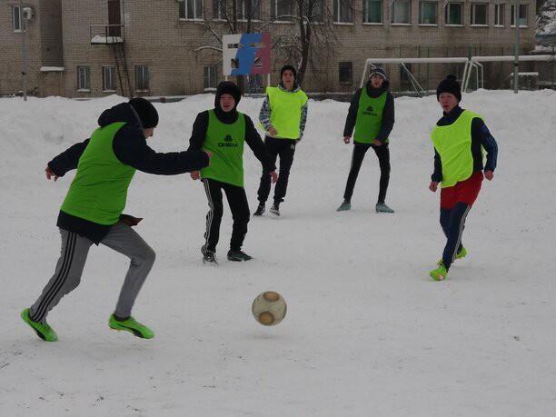 Кинешемские футболисты завоевали серебро турнира дворовых команд в Родниках фото 9