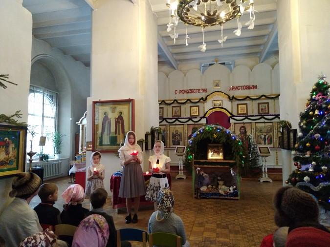 В храме Вознесения Господня прошла Рождественская елка фото 2