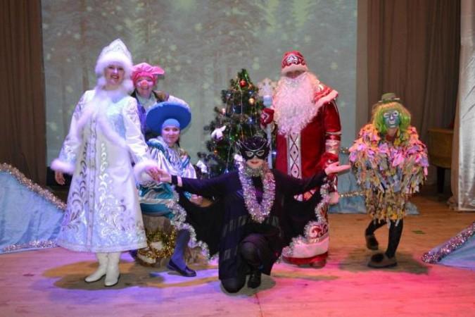 В Заволжске выясняли, кто испортил костюм Деда Мороза фото 4