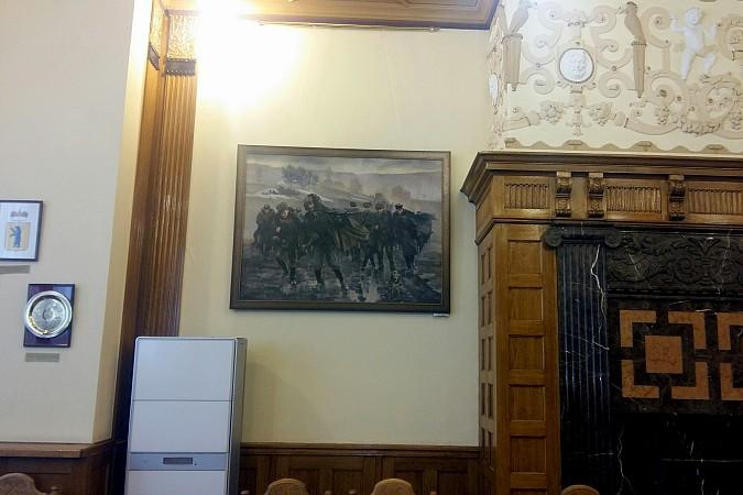 В Ивановской областной думе экспонируются картины кинешемской художницы фото 3