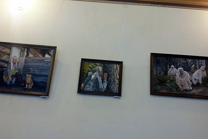 В Ивановской областной думе экспонируются картины кинешемской художницы фото 2