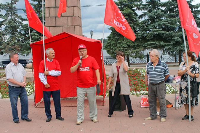 В Кинешме прошёл митинг противников «Техоснастки» фото 12