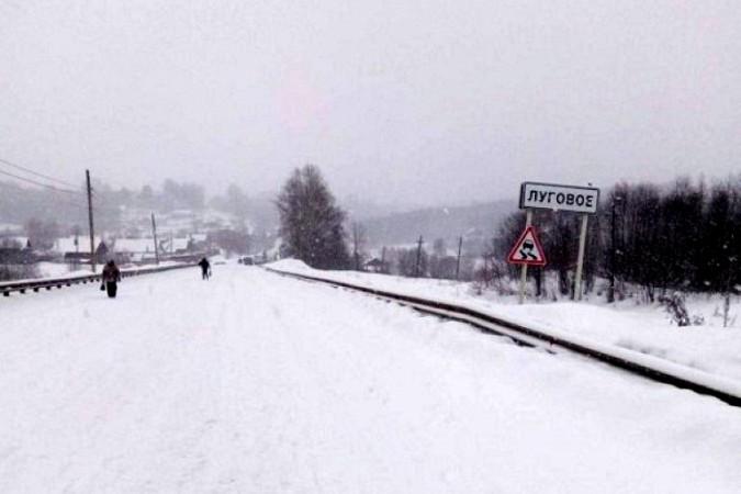 Снегопад парализовал движение на выезде из Кинешмы в Нижний Новгород фото 3
