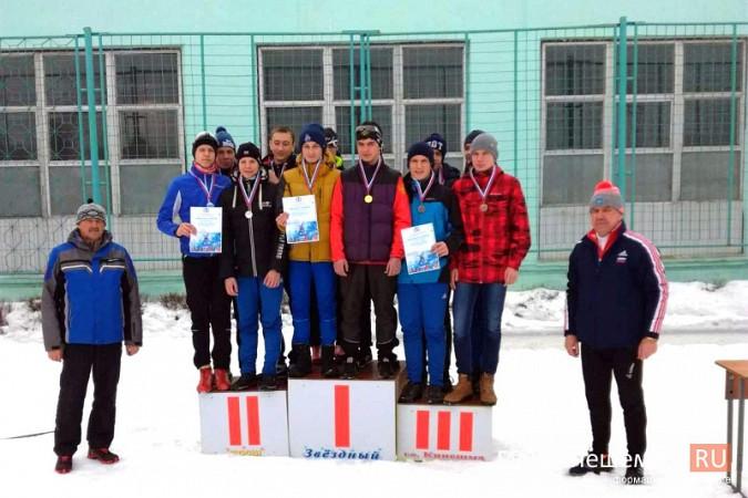 Лыжники из спортивных школ Ивановской области соревновались в кинешемском парке фото 11