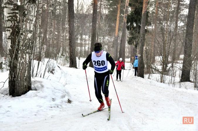 Лыжники из спортивных школ Ивановской области соревновались в кинешемском парке фото 3