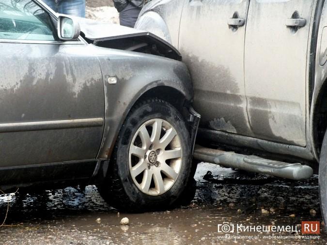 Серьёзное ДТП в Кинешме на перекрёстке улиц Правды — Менделеева фото 4