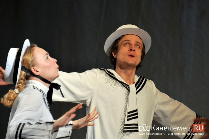 На кинешемскую сцену вышли артисты из Перми фото 10