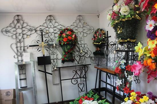Ритуальный магазин открылся на кладбище «Затенки» фото 6