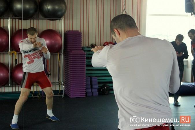 """Кинешемские бойцы выйдут в """"восьмиугольник"""" на сцене драмтеатра фото 5"""