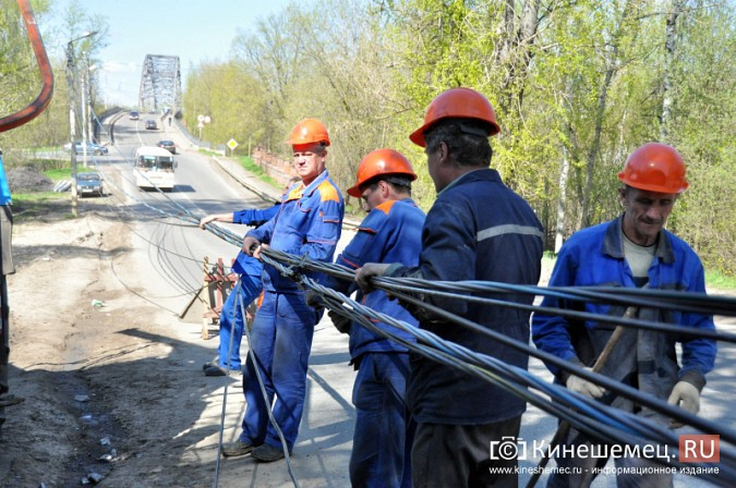 В Кинешме водитель «Лады» протаранил три железобетонных столба фото 7