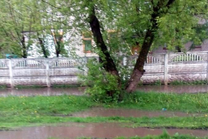 Кинешемские тротуары ушли под воду фото 2