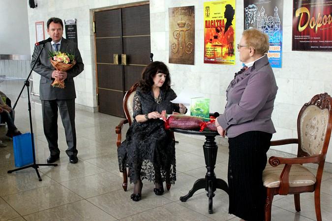 В Кинешме презентовали книгу Эммы Дановой фото 4