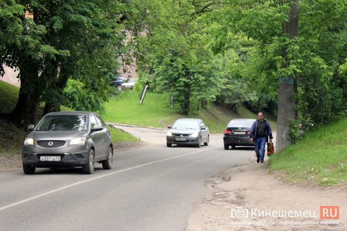 Тротуар на железнодорожном переезде на Беловской появится нескоро фото 6
