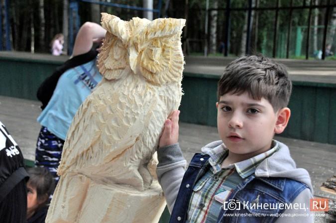 Лучший резчик России Андрей Большаков сделал кинешемцам мудрый подарок фото 12