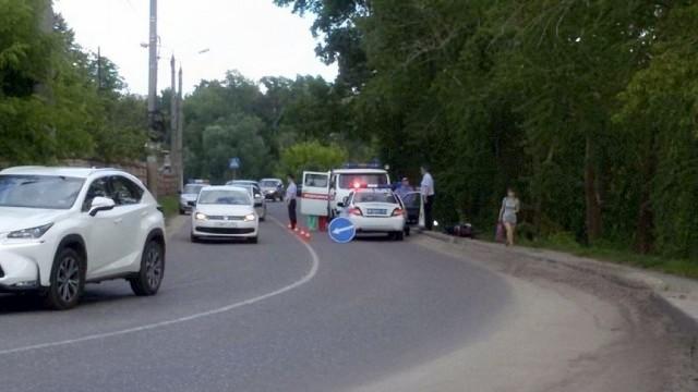 В Кинешме пассажирка, упав со скутера, разбила лицо фото 6