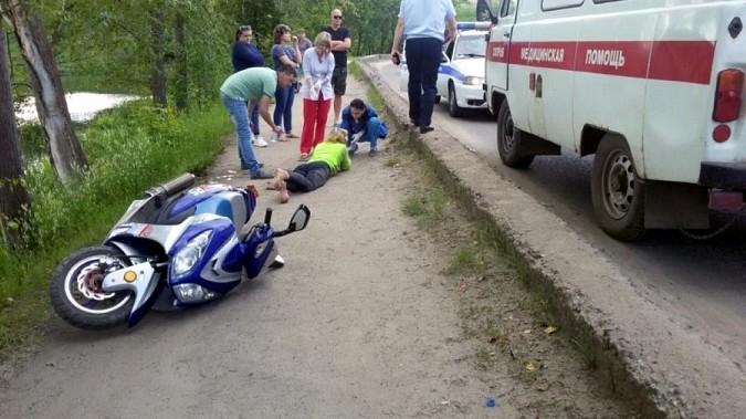 В Кинешме пассажирка, упав со скутера, разбила лицо фото 3