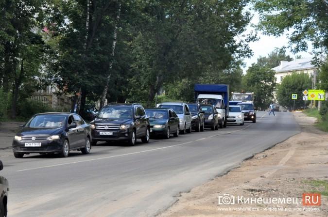 ДТП у Кузнецкого моста в Кинешме спровоцировало многокилометровую пробку фото 3
